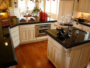 NG051-Absoutely_Black_Granite_Countertops-3