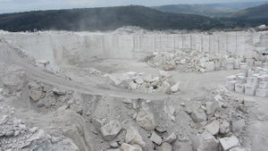 Roman travertine quarry 4