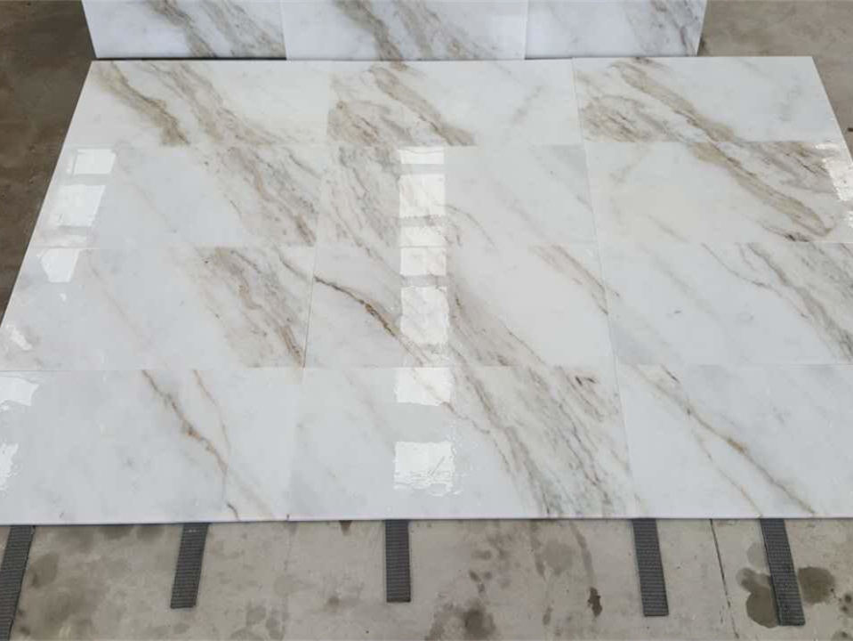 ew cut Arabescato Venato White Marble 3cm stock lots in our factory.._副本.jpg