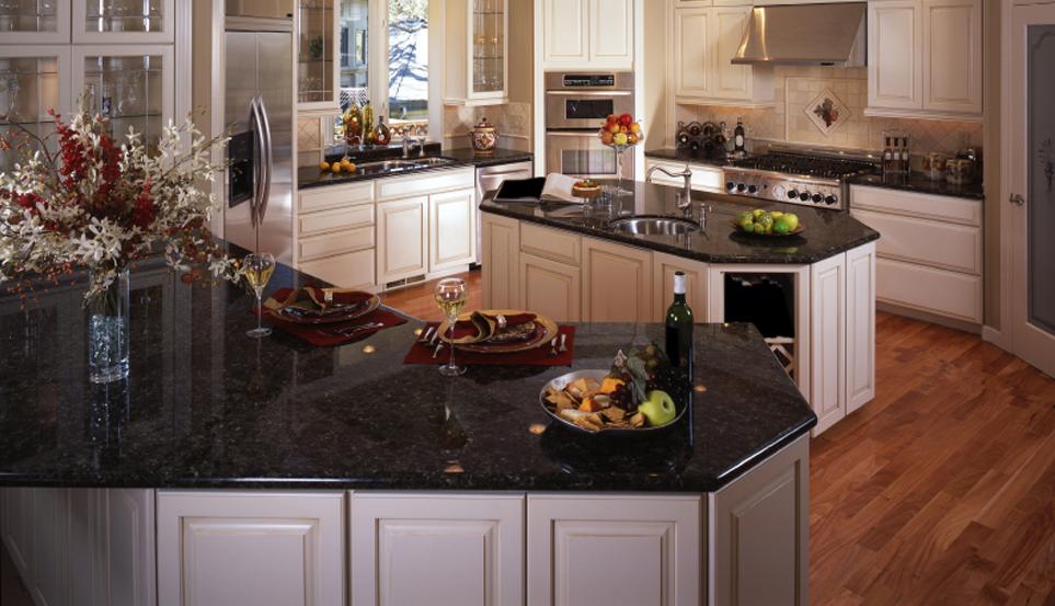 Polished-Black-Granite-Countertops