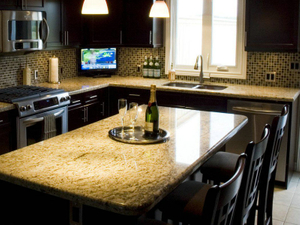 Giallo_Ornamental_Granite_Kitchen_Countertop-2